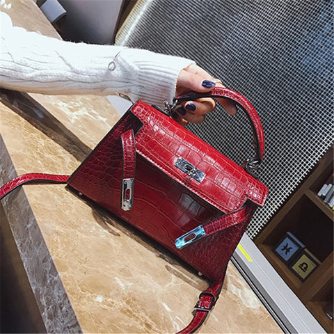 2018 New Crocodile Grain Mini Kate Bag Fashion Trend Stone Pattern Buckle Small Square Shoulder Bag