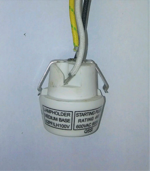 ( QSSI - CPLH40 ) PORCELAIN MEDIUM BASE LAMP HOLDER / SOCKET STARTING PULSE RATING OF 4KV - 600V - 660W WITH 9IN 18AWG LEADS WITH SPRING CLIP MOUNTING