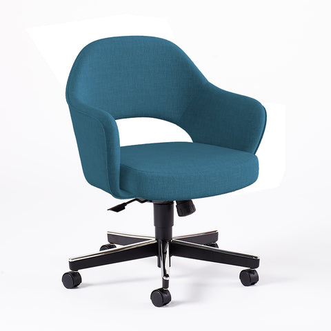 Saarinen Executive Arm Chair with Swivel Base