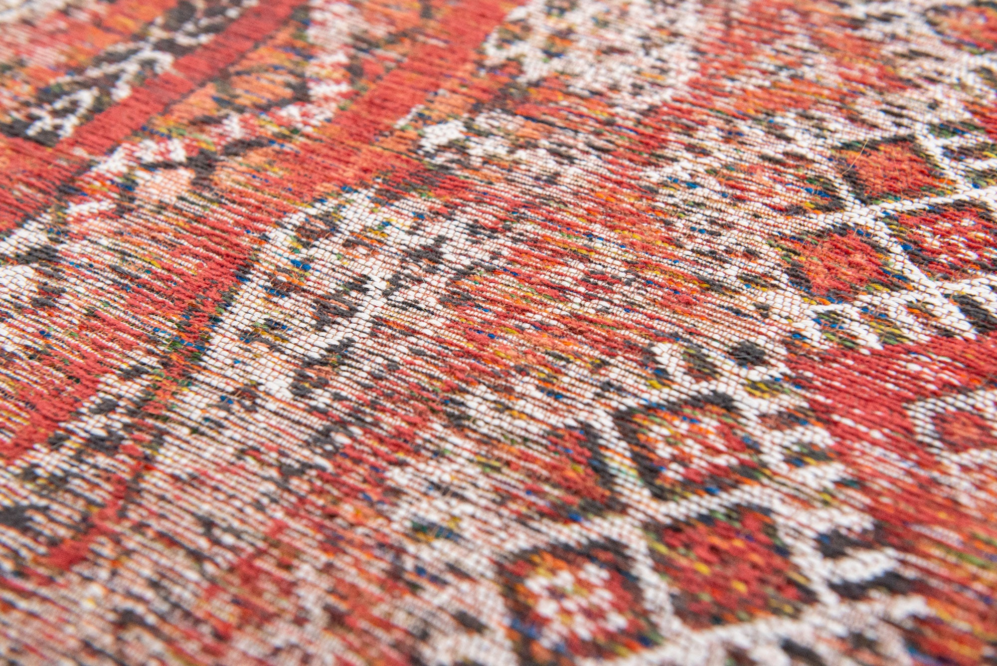 Antiquarian 9115 Fez Red Rug