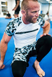 Rival white & Camo Short Sleeve Rash Guard - white
