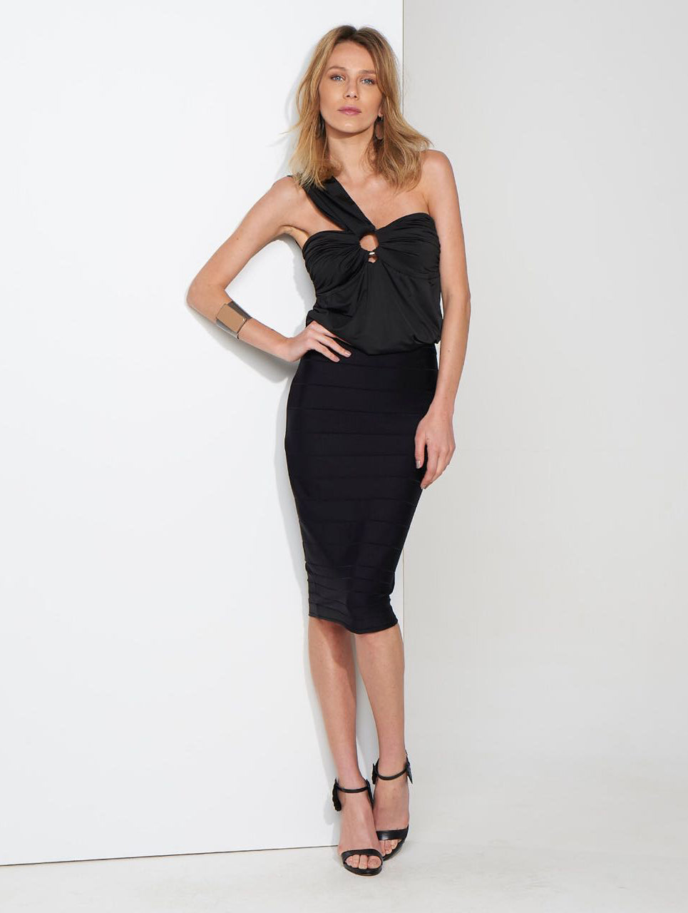 BLACK ONE SHOULDER DRESS | Small |
