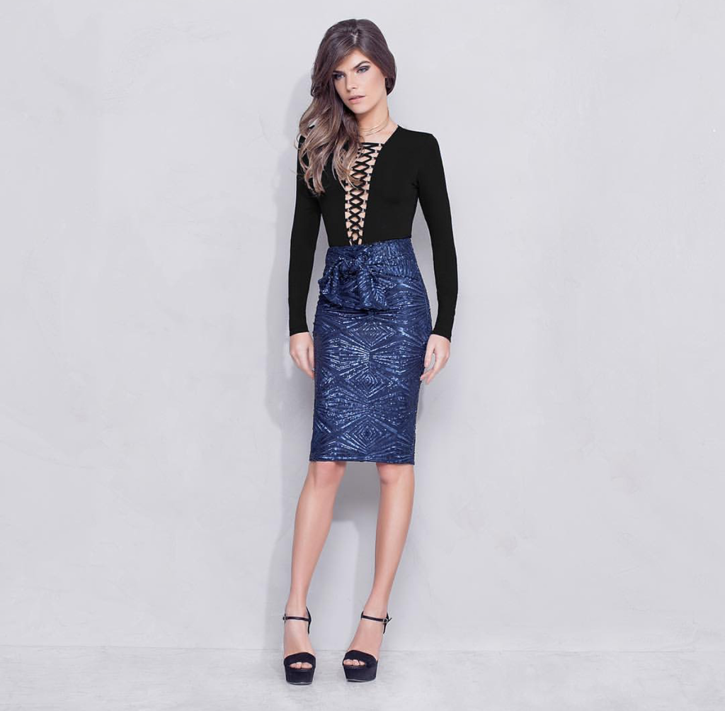 Blue Sequin tied waist skirt | Medium |