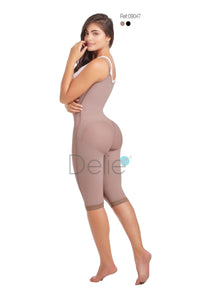 09047 DELIE / D'Prada Braless High Compression Garment Below the Knee