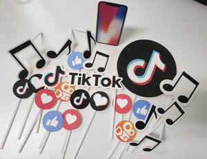TikTok Cake Topper Set AMID113