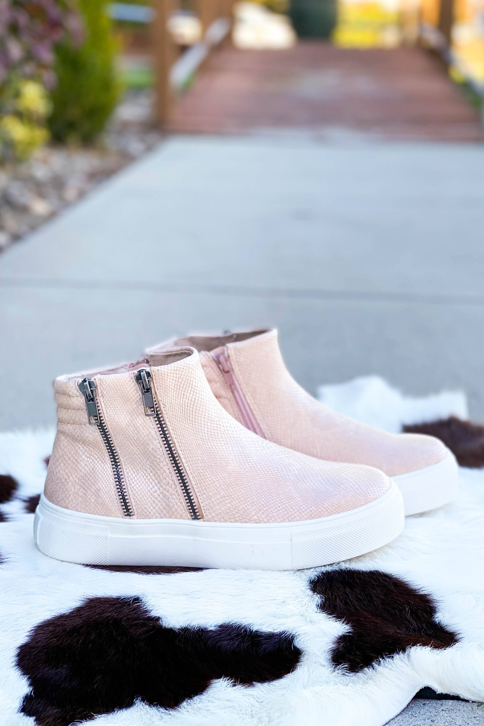 Matisse Dawson Sneaker Wedge in Pink-[option4]-[option5]-[option6]-[option7]-[option8]-Womens-Clothing-Shop