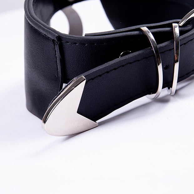 Gothic Crescent Moon Collar