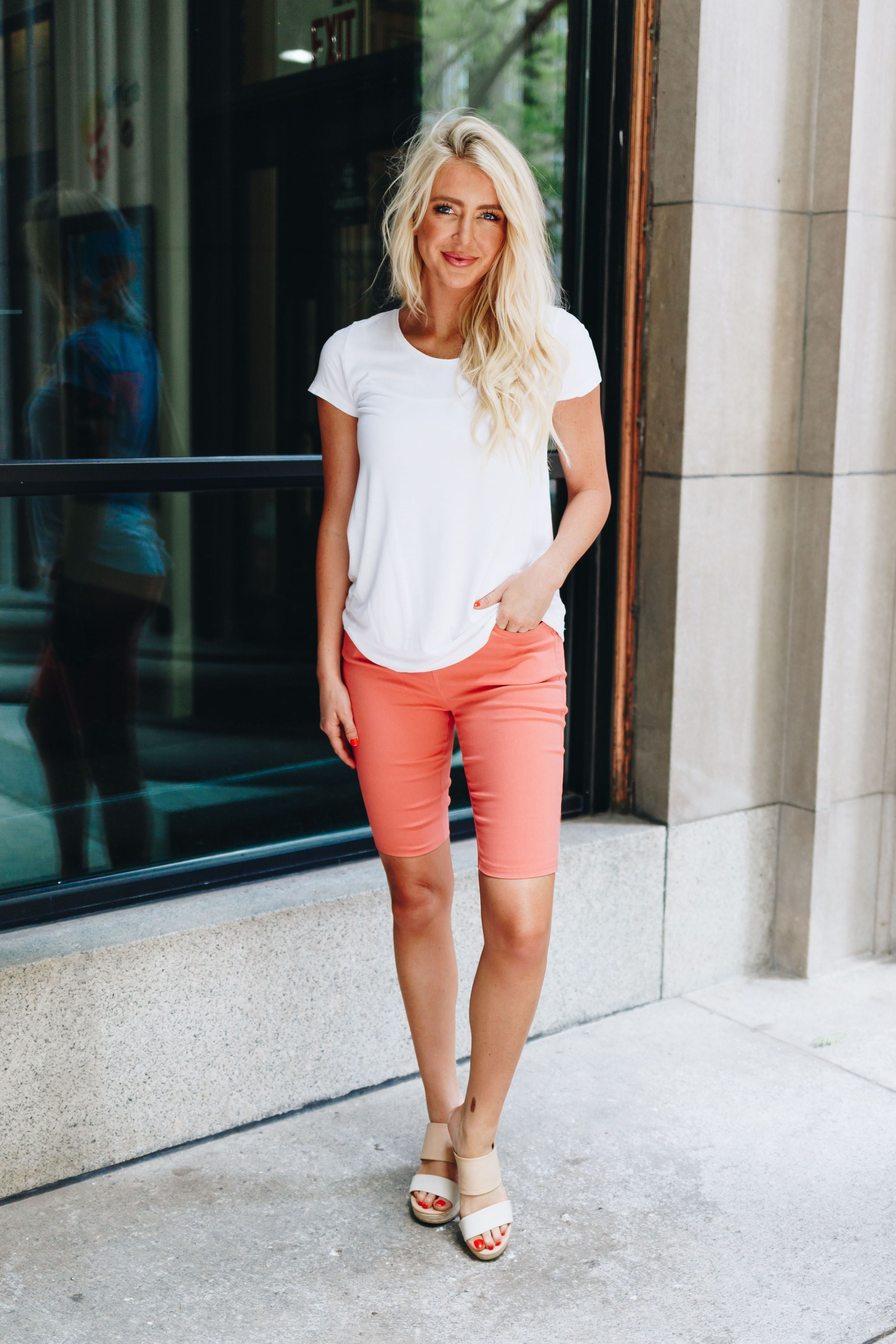 Everyday Colored Bermudas in Coral