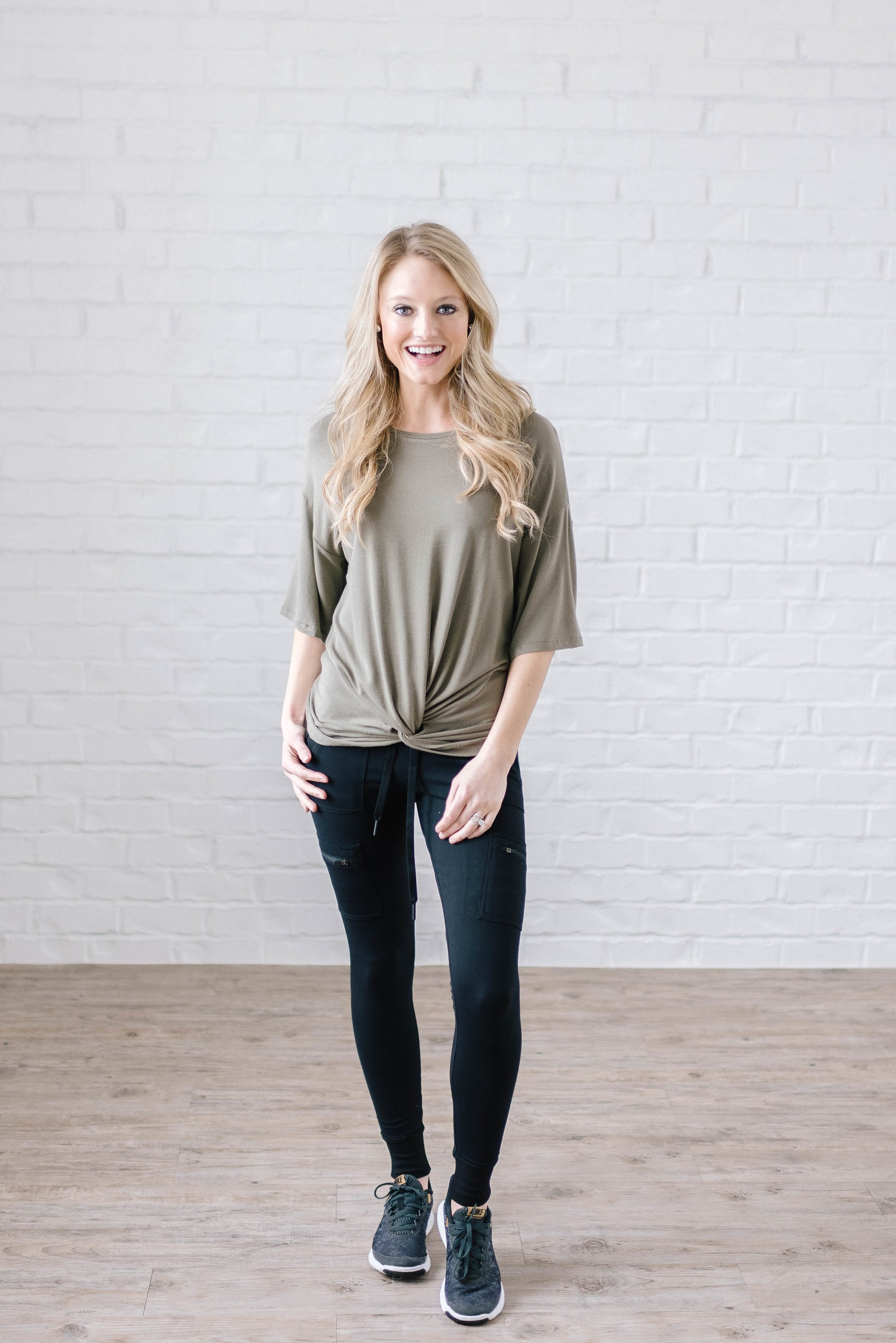 Feeling Knotty Tee in Olive