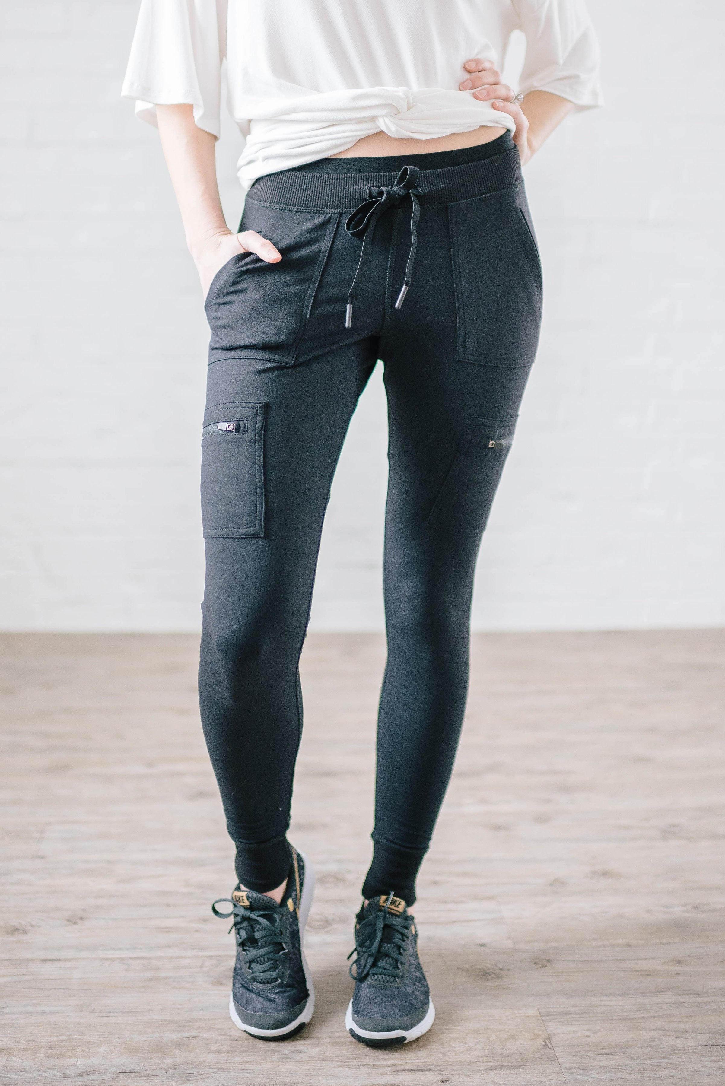 Work It Cargo Joggers in Black