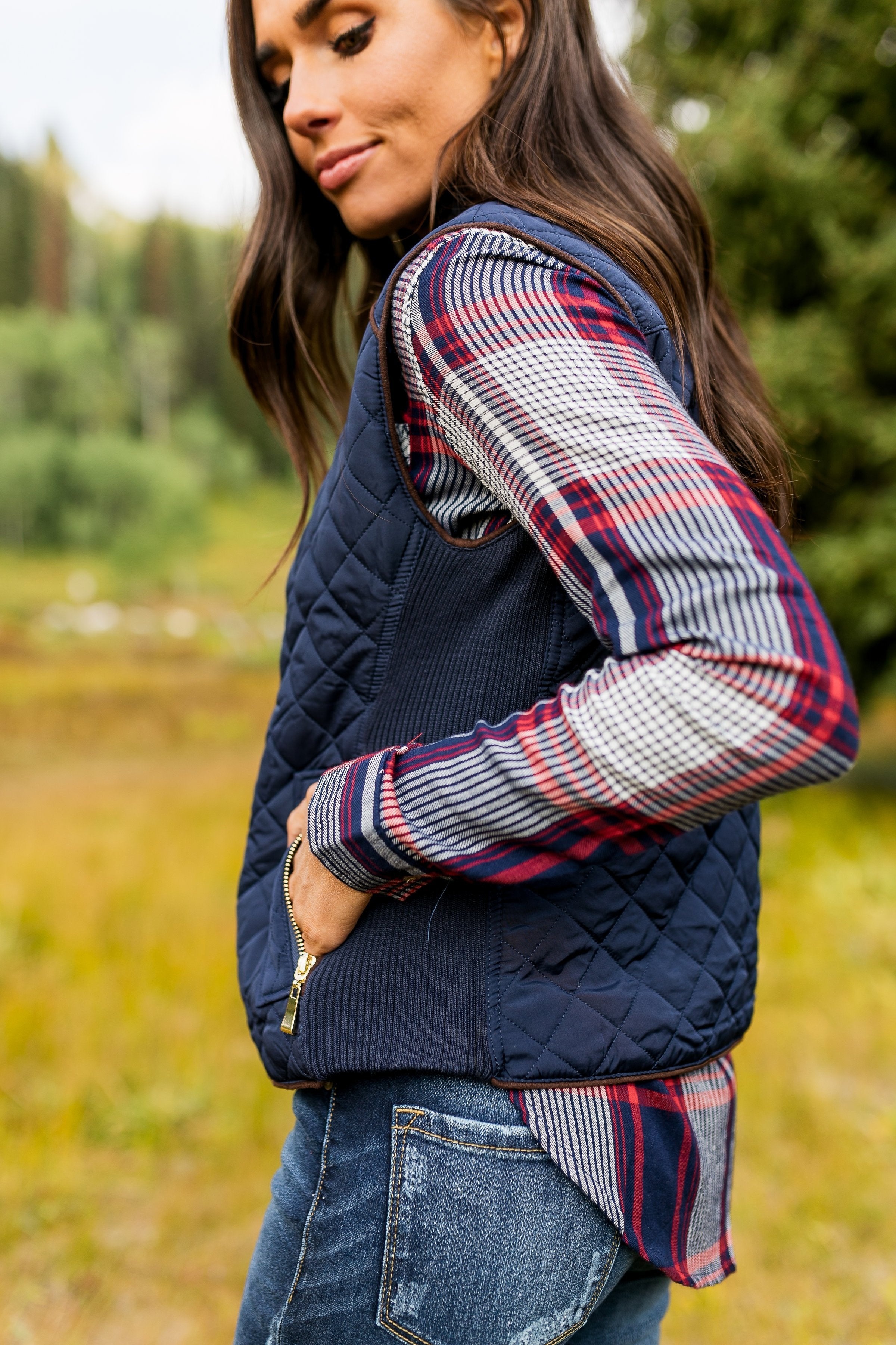 Diamond In the Rough Vest In Navy