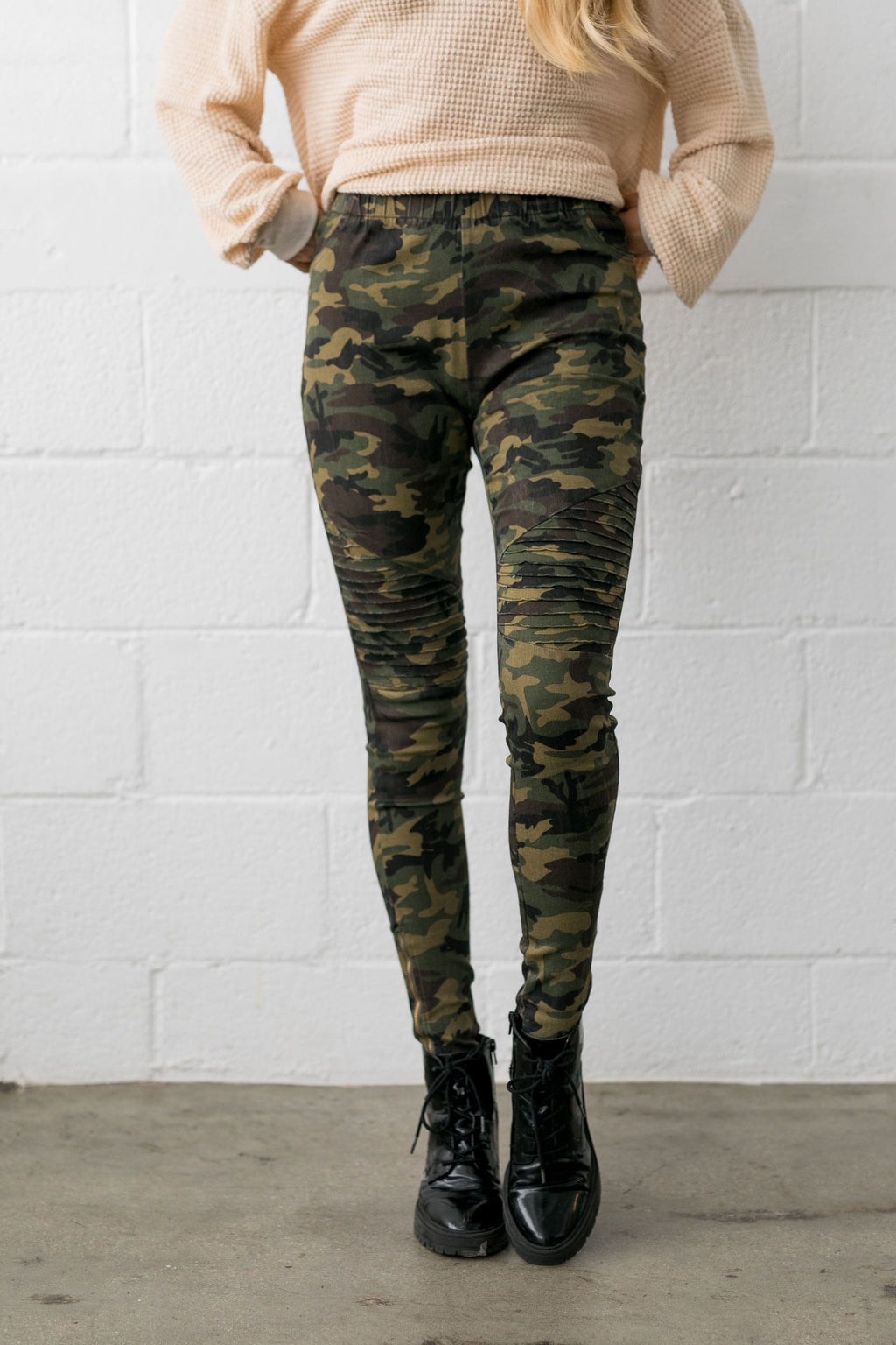 Can't Beat Camo Moto Pants