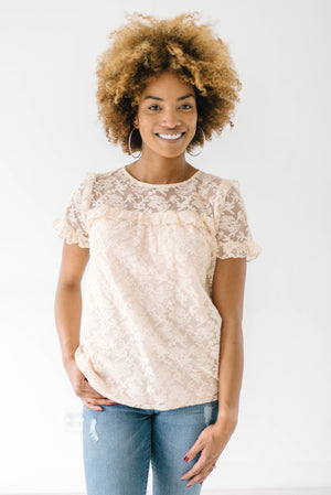 Lynden Lace Top In Pale Peach