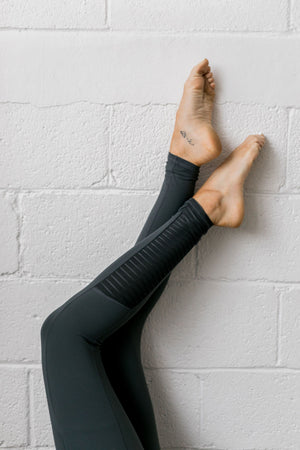 Mesh Moto Athletic Leggings In Pine
