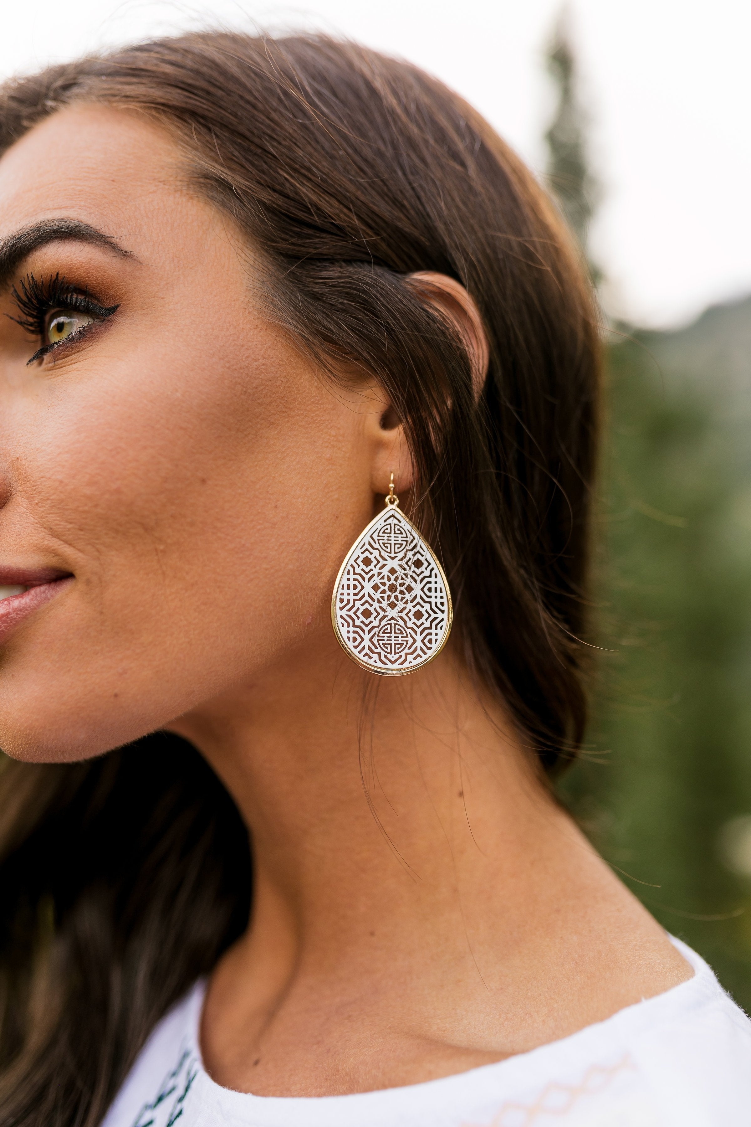 White Moroccan Cut Earrings