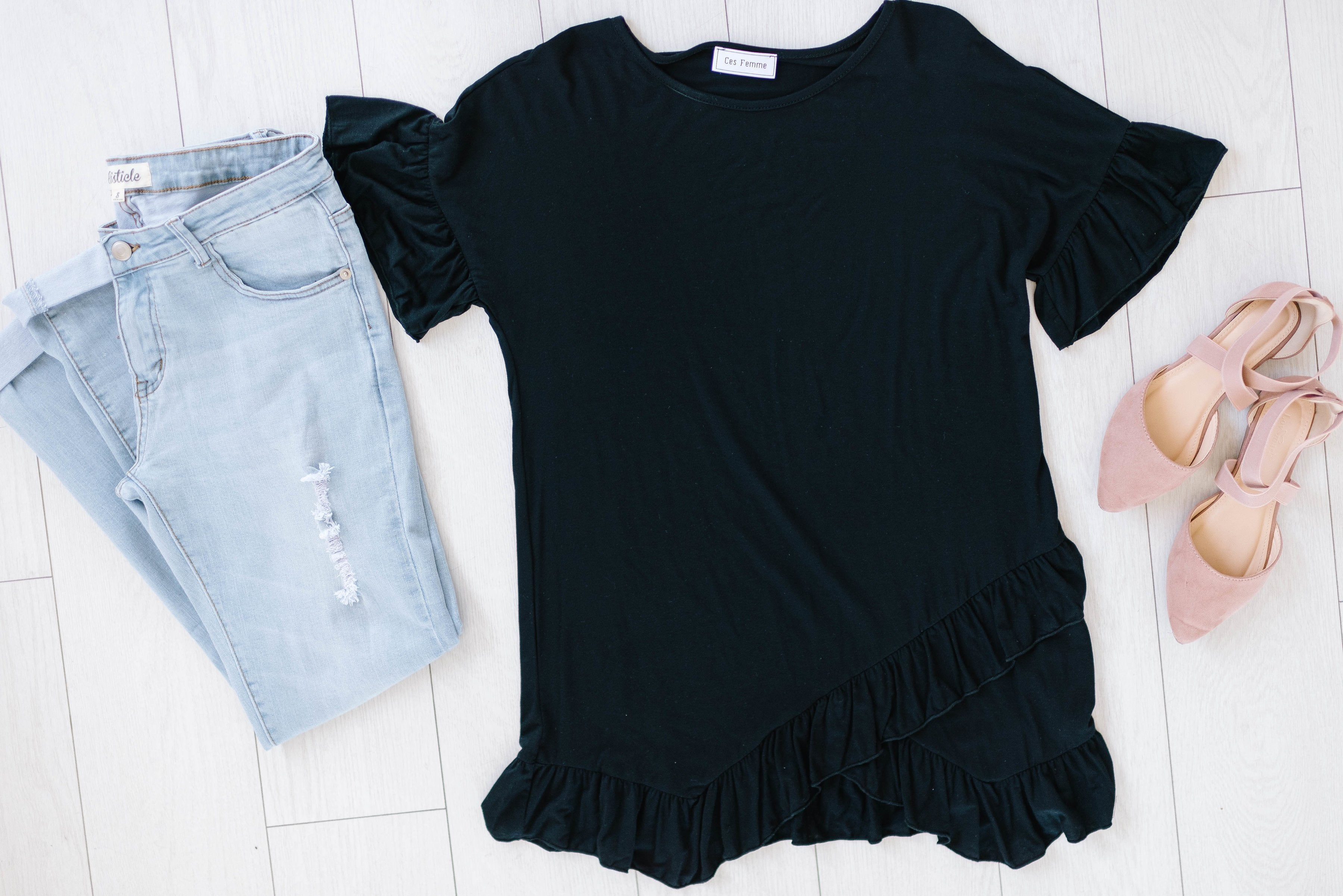 Weekend Ruffles Black Top Plus