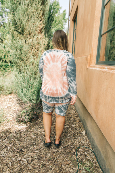 Tickle Me Tie Dye Top in Peach