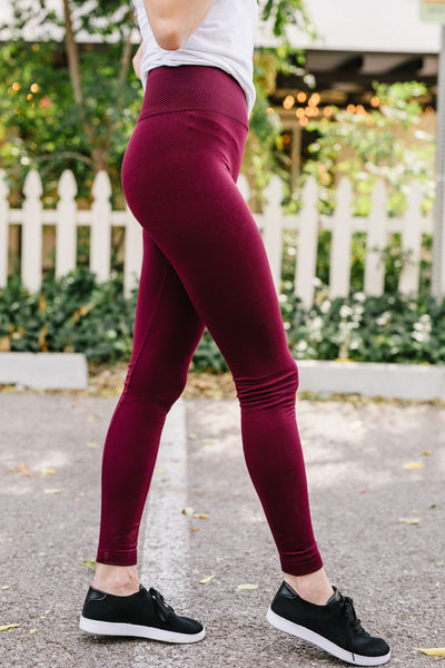 Fleece Lined Leggings In Burgundy