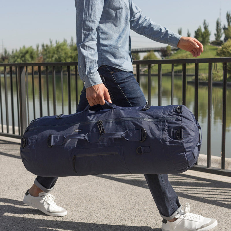 Collapsible luggage lifestyle blue
