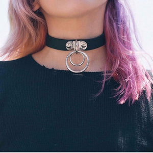 Double O Circle Leather Choker