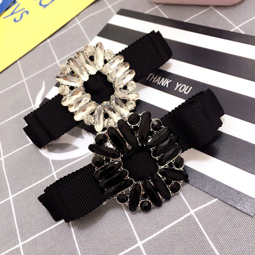 Retro flowers crystal women barrette