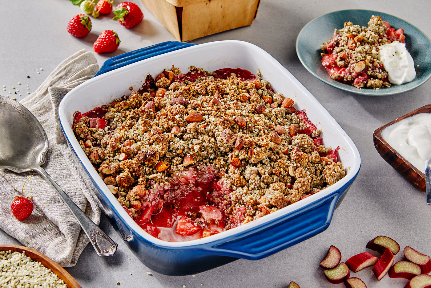 Strawberry Rhubarb Hemp Crumble