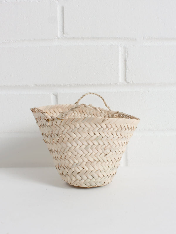 Teeny tiny basket