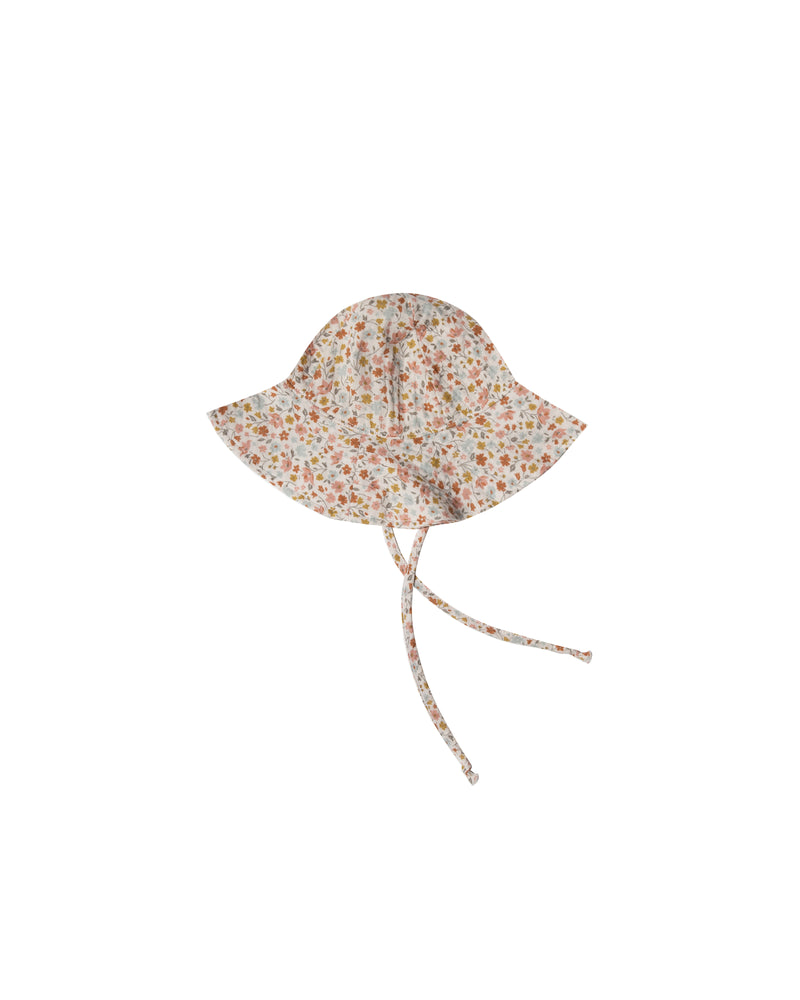 Floppy sun hat | Flower field
