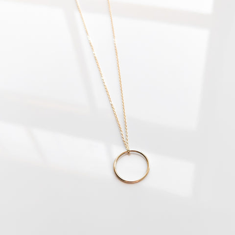 Prue Lariat Necklace