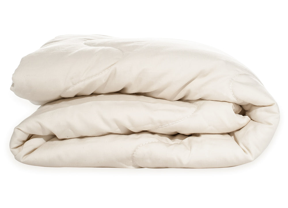 All-season, GOTS certified organic wool comforter. Made in USA. Hand quilted luxury. Warm in winter, cool in the summer.
