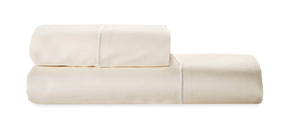 Luxury organic cotton sheets. High thread count. Certified organic, GOTS. Machine washable, smooth and soft.