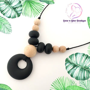 'LUCIA' Silicone Breastfeeding Necklace - Black