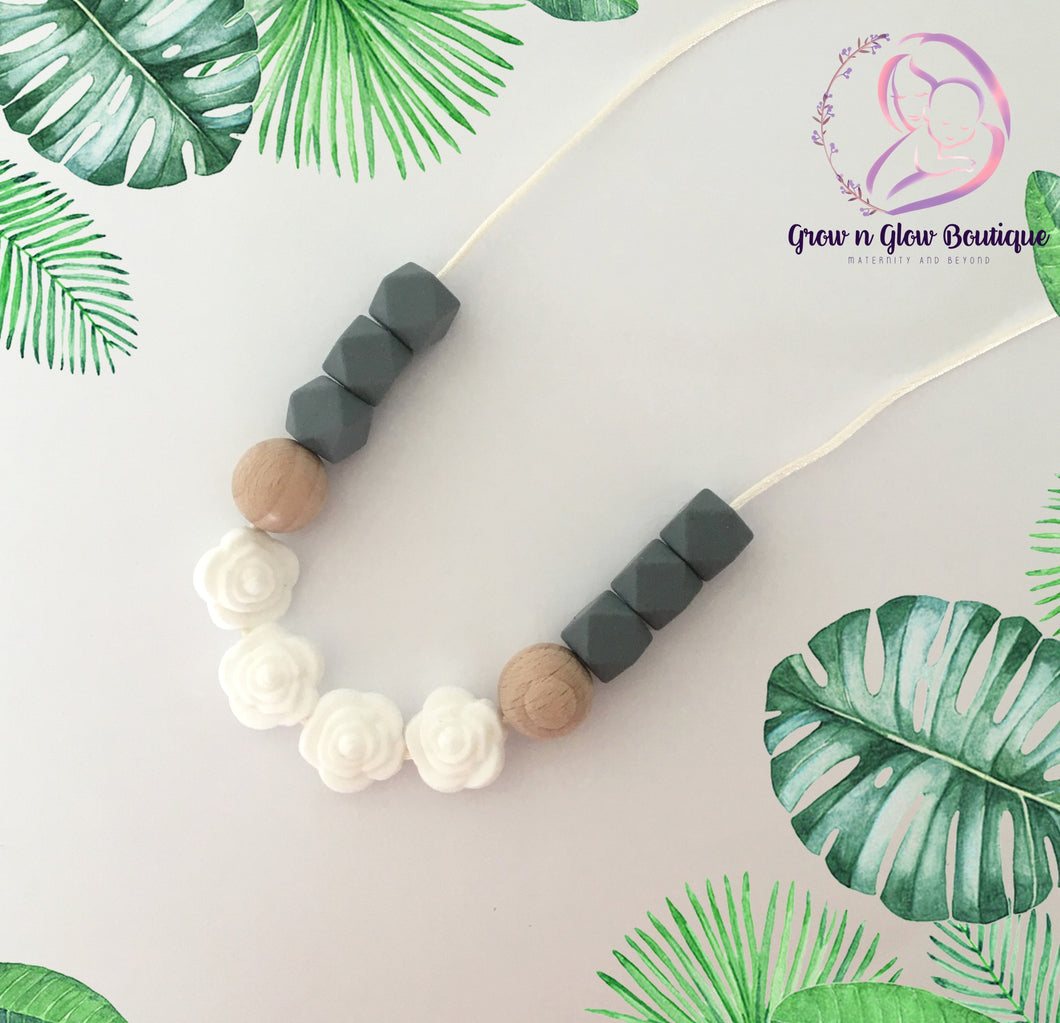 'INVERNO' Silicone Breastfeeding Necklace