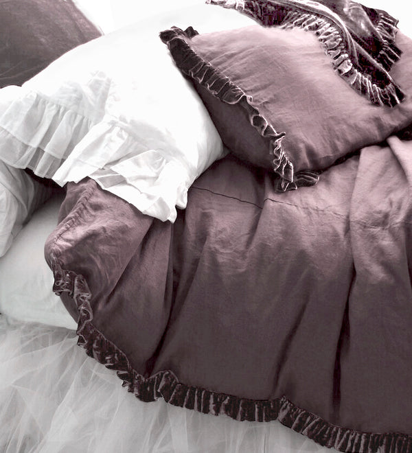 NEW! Washed Velvet Ruffle 3 Pc Duvet Set - Mauve