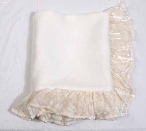 Sample- Pretty Velvet Burnout Std Ruffle Sham-Creme