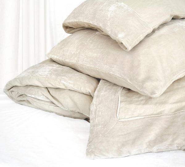 Washed Silk Velvet Border Linen Collection - Creme