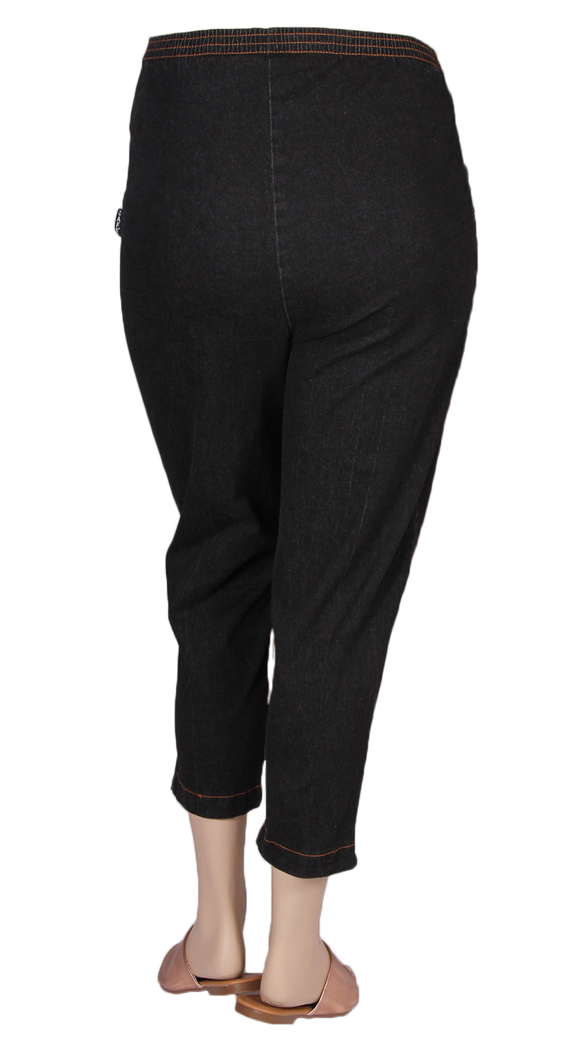 Cafe Black Stretch Denim Pull-On Capri