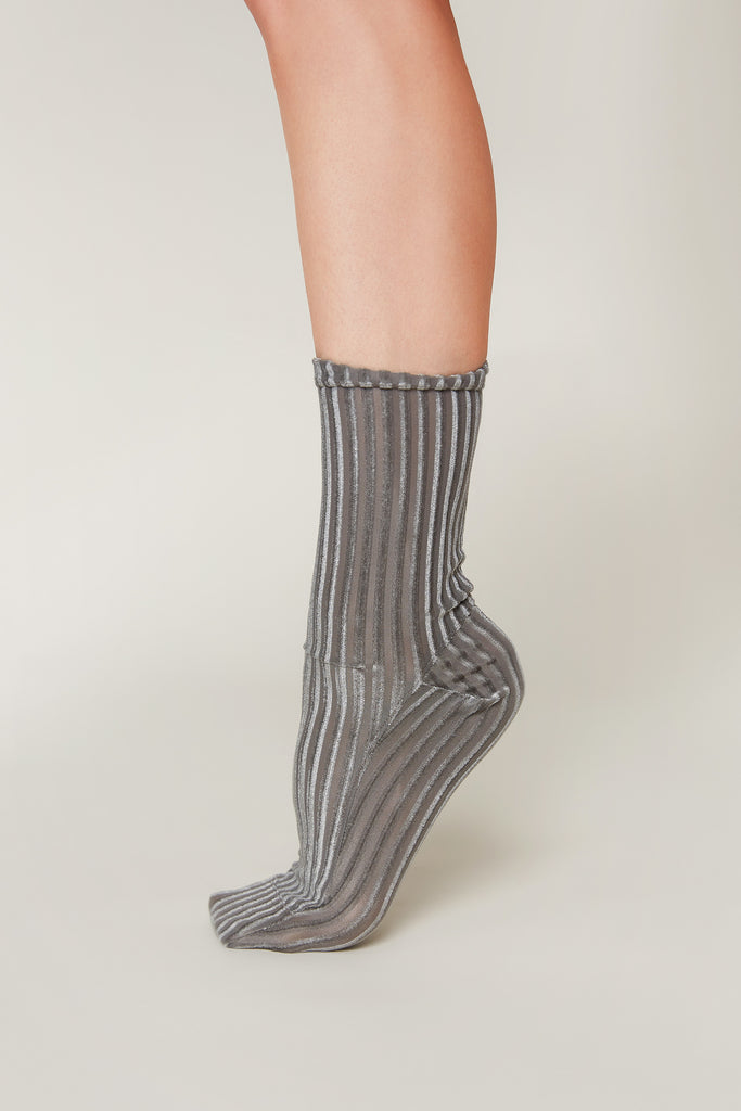 Darner Grey Ribbed Velvet Socks