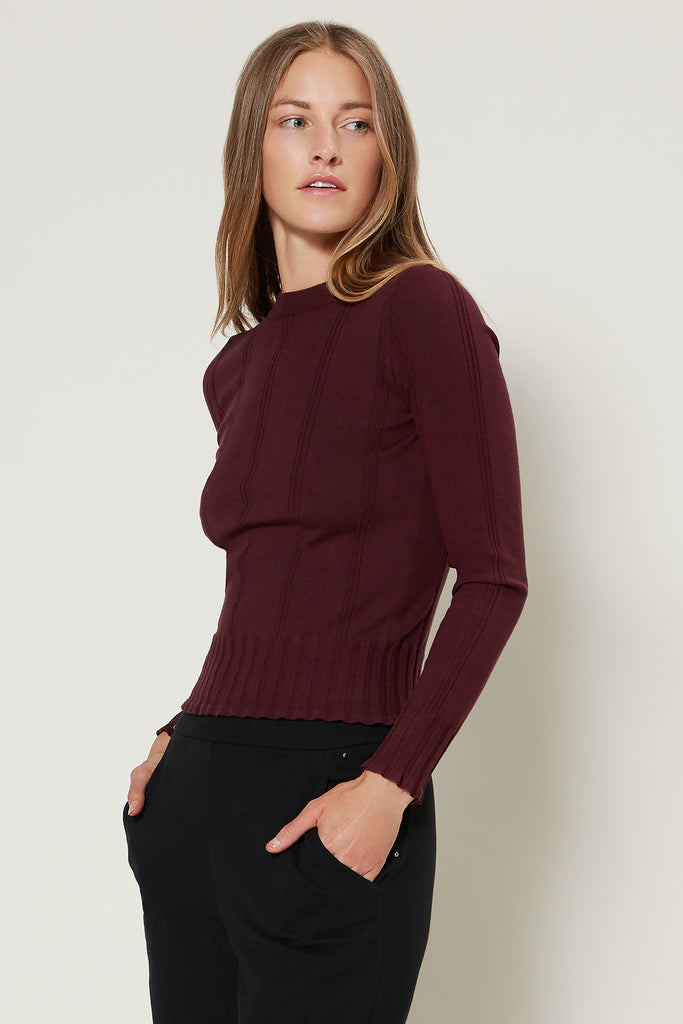 Fitted Basic Knit Top