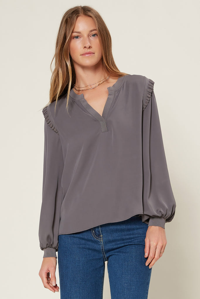 Notched Neck Contrast Ribbed Top