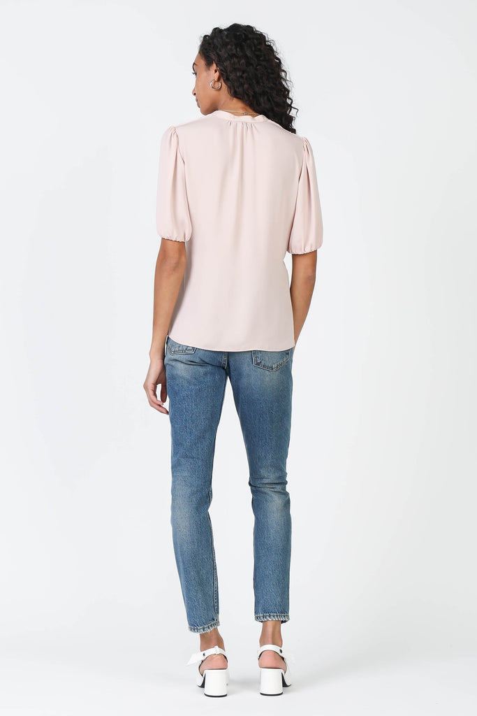 Twist Front Puff Sleeve Top