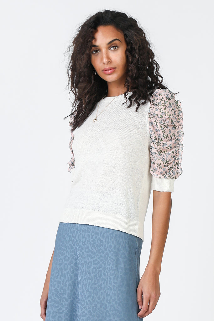 Knit Contrast Floral Puff Sleeve Top
