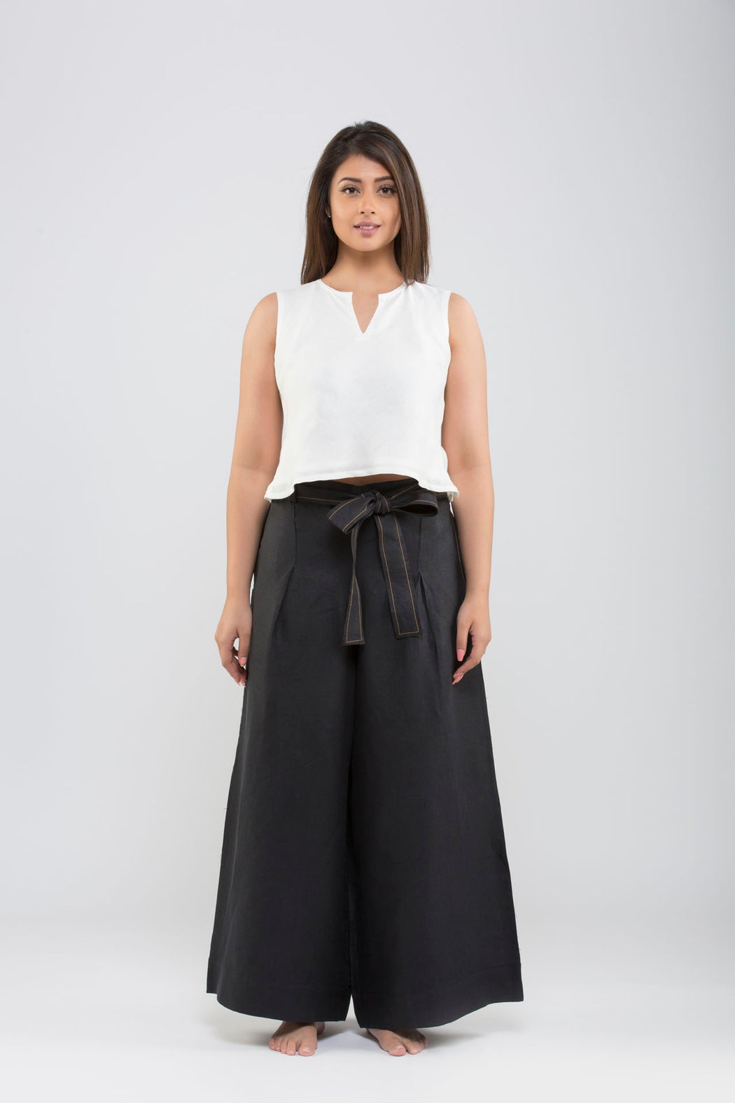 Linen Flared Pants<br>(Black)