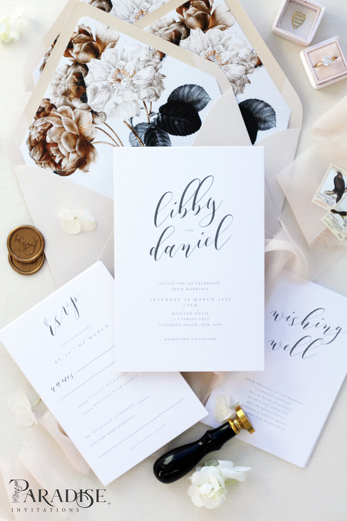 Agathe Calligraphy Wedding Invitation Sets