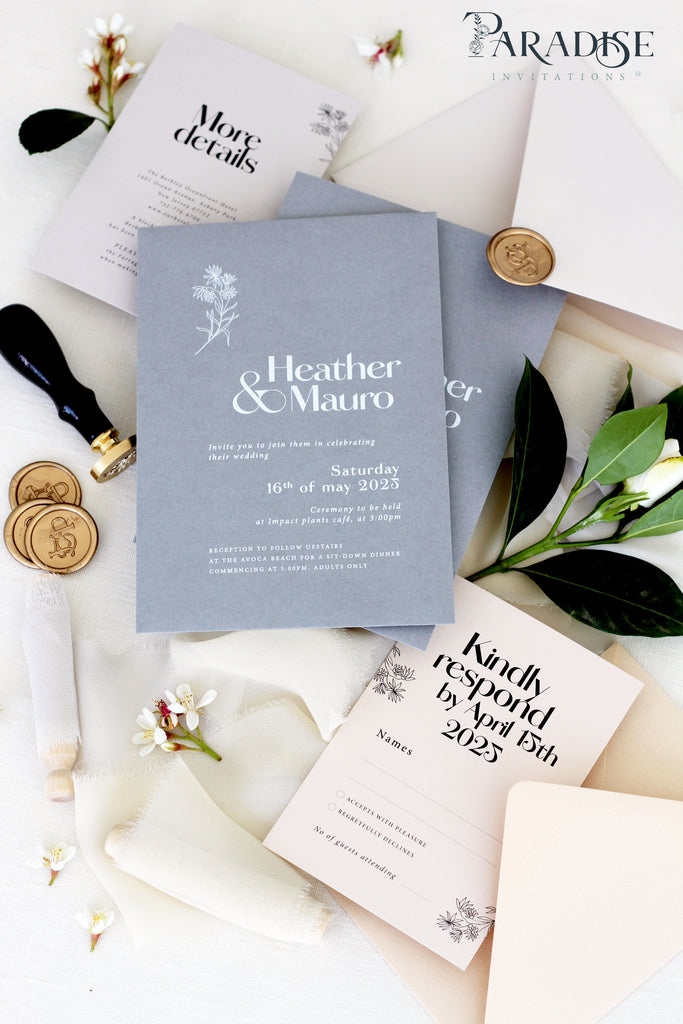 Ariadne Wedding Invitation Sets