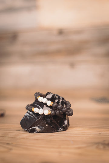SOLD OUT -Black Lava & Howlite Bracelet