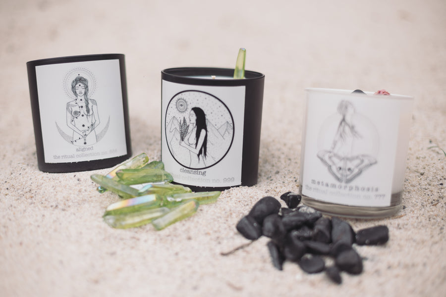 Aligned reiki infused candle- the ritual collection