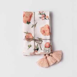 Bamboo swaddle blanket - Peach peonies