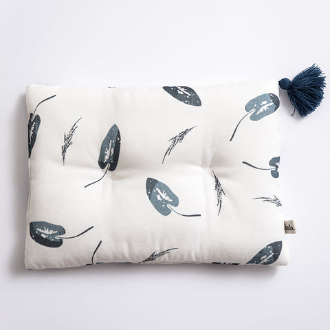 Bamboo pillow - Denim leaves