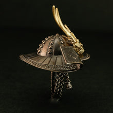 "SILVER SAMURAI KABUTO RING with 18KARAT GOLD parts(14-2360)    <p><strong><span style=""color: #ff0000;"">FREE SHIPPING</span></strong></p>"